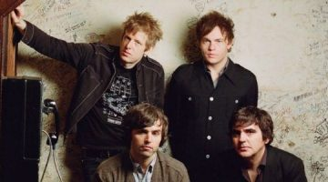 'Can I sit next to you', nuevo temazo de SPOON